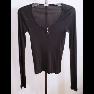 🏮Splendid Brand🏮Long Sleeve Black Henley Top